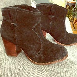 Splendid brand women's black suede booties size 8